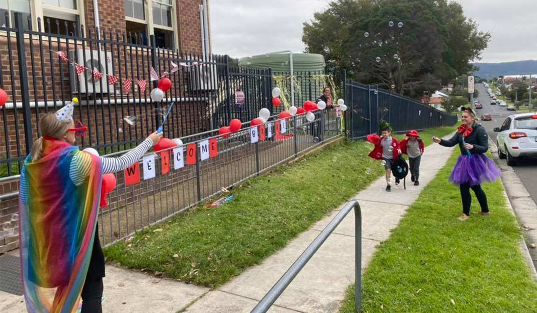 A friendly and colourful welcome back from staff at Corrimal Public School